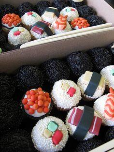 "sushi cupcakes! The kind of ""sushi"" I'd be guaranteed to like!! ;)"