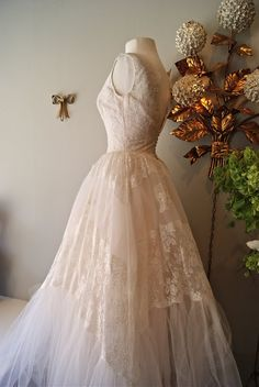 Xtabay Vintage Clothing Boutique - Portland, Oregon: I Want To Get Married In This........