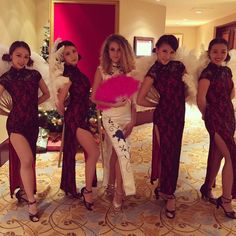 """Feathered Females  #Dancers #Showtime #FeatherFans #Cheongsam #Conrad #HKIG"""