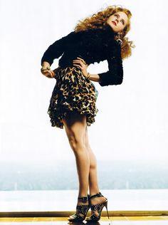 Amy Adams showing off her fabulous legs in stilettos