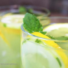 Mint Infused Cucumber Lemonade is a refreshing cold, all natural drink on a hot day. Sweet lemonade combines with fresh cucumber juice and muddled mint and is delicious iced! Refreshing cold sip for a hot summer's day. Cucumber Lemonade, Fresh Squeezed Lemonade, Cucumber Juice, Lemon Slice, Magic Bullet, Mini Cheesecakes, How To Squeeze Lemons, Fresh Mint, Cheesecake Recipes