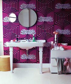 magenta patterned wallpaper