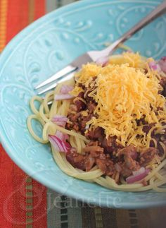 A Healthier Crock Pot Cincinnati Chicken Chili Recipe