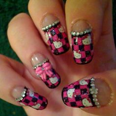 Hello Kitty Nails: Intricate Design with HK & Crystal Embellishments on Checkered Pattern Print