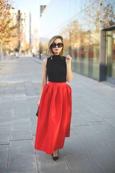 Pleated maxi skirt.