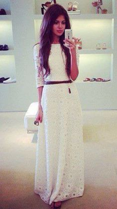 Love the crop top and skirt look
