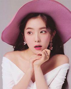 Irene - Red Velvet 2019 Season Greetings Scan 💞 #irene #irenebae #baeirene #baejoohyun #baechu #redvelvet #레드벨벳 #아이린 #배주현 #seulgi…