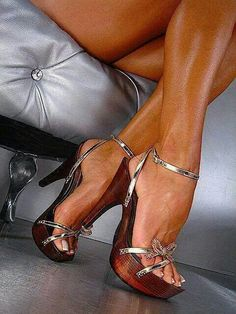 These feet are hot and sexy in those heels!