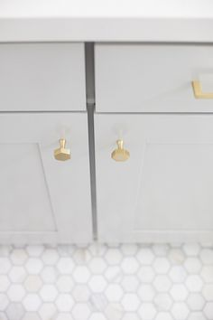 Do you want to get the look of one of our most popular and favorite bathrooms we have ever designed? We've got all the details on the blog for you.