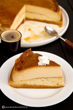 TORT CU CREMA DE ZAHAR ARS | Diva in bucatarie Romanian Desserts, Romanian Food, Protein Foods, Homemade Cakes, Creme Caramel, French Toast, Food And Drink, Ice Cream, Yummy Food