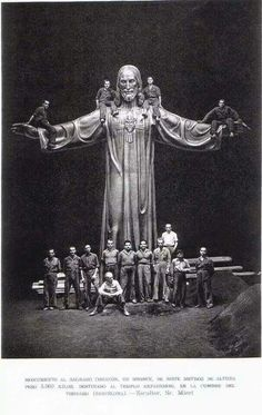 El Cristo del Tibidabo construido en Olot
