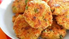 These delicious sweet potato, lentil and cheddar croquettes are a great food for baby led weaning, and a great way to sneak in some veggies. Bubble And Squeak, Toddler Meals, Kids Meals, Family Meals, Toddler Food, Toddler Recipes, Baby Food Recipes, Great Recipes, Cooking Recipes