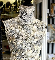 covered in pearls and rhinestones Mannequin Art, Lesage, Pearl And Lace, Creation Couture, French Chic, Dress Form, Bead Art, Beaded Embroidery, Fashion Details