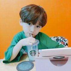 baby boy and ulzzang boy image Cute Asian Babies, Korean Babies, Asian Kids, Cute Babies, Kids Boys, Cute Boys, Baby Kids, Baby Boy, Cute Little Baby