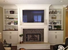 Built ins - eclectic - living room - san diego - by Savvy Interiors White paint / dark stain combo
