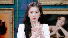 Red Velvet Irene, Peek A Boos, Role Models, Flower Girl Dresses, Wedding Dresses, Beauty, Twitter, Girls, Fashion