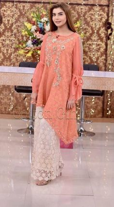 Cheap Short Prom Dresses, Stylish Dresses For Girls, Modest Dresses, Fancy Dress Design, Stylish Dress Designs, Sharara Designs, Kurti Designs Party Wear, Pakistani Formal Dresses, Pakistani Dress Design