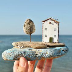 Домик на берегу моря от @olino_more_