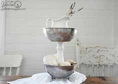 Repurposed Enamelware & Metal Bowls Into Unique Tiered Stands #HomeHack
