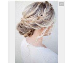 Chignon with elegant side braid #avedamadison