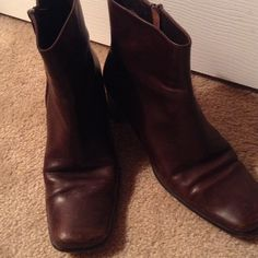 VIA SPIGA. BOOTS. ️REDUCED 2x Via Spiga side zipper boots- used under jeans or pants or short skirts. Just need a polishing . Normal wear and great price. Sold AS IS Via Spiga Shoes