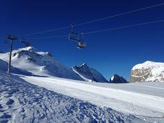 Een prachtige blauwe lucht boven de pistes van #Tignes. Ontdek alles over Tignes en wintersport: http://www.snowx.nl/skigebieden/tignes/