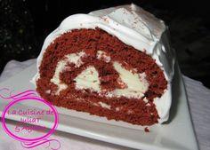 Bûche de Noel Red Velvet (rouge velours) au mascarpone et fromage à la crème Philadelphia et glaçage meringue 1
