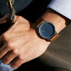 Montre homme de Komono modèle WINSTON BLUE COGNAC #montre #homme #komono