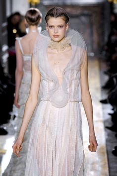 Valentino Spring 2011 Couture collection by Pier Paolo Piccioli and Maria Grazia Chiuri
