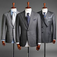 The grey suit is perfectly versatile for all year round. Wear with white or softer coloured shirts and let your accessories reflect the season/occasion! Modern Gentleman, Gentleman Style, Grey Suit Men, Grey Suit White Shirt, Mens Suit Colors, Suit Combinations, Gentlemen Wear, Formal Suits, Mens Fashion Suits