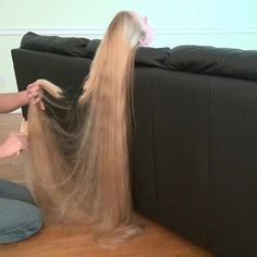 I guy thinks .her hair is quite long. I will I can take a sharp pair of scissors and give her a haircut. Omg she will bitch Cut My Hair, Her Hair, Hair Cuts, Rapunzel Hair, Beautiful Long Hair, Gorgeous Hair, Super Long Hair, Silky Hair, Ginger Hair