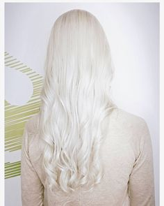 Frozen blonde! Icy white blonde with the help of #olaplex. We always play around with different toners for Maria's platinum hair. This one is #organiccolorsystems 11HS and a touch of SILVER concentrate, with a drop of XBV. Glorious. #organichaircolor #citrushairsalon #frozenblonde #whitehair #platinumblonde