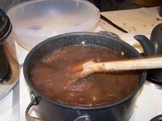 Easy apple butter 32 oz Applesauce 1 1/2 ts Ground cinnamon 1/2 ts Ground cloves 1/2 ts Ground allspice