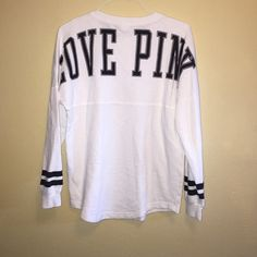 Vs white crewSALE No imperfections simply white is to dangerous for me to wear. ❌NO TRADES❌price firm PINK Victoria's Secret Sweaters Crew & Scoop Necks