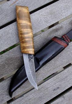 Vuolupuukko and sheath by Sami Länsipaltta