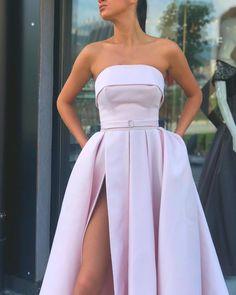 Designer long elegant dresses ideal for formal dinner parties Formal Dresses For Women, Elegant Dresses, Pretty Dresses, Beautiful Dresses, Prom Dresses With Pockets, Grad Dresses, Ball Dresses, Ladies Dress Design, Occasion Dresses
