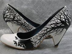 more more   http://1.bp.blogspot.com/_3p9bih9jAOI/Sp7S_MFwKrI/AAAAAAAACPo/2RR_MxEbJjE/s400/09+02+2009+006.jpg  back of shoe