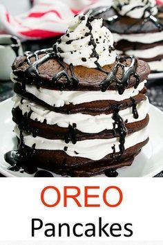 Oreo Cookies, Chocolate Cookies, Delicious Deserts, Yummy Food, Pancake Squares, Oreo Pancakes, Oreo Milkshake, Crushed Oreos, Cookies And Cream