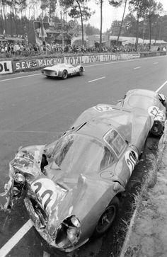 Sports Car Racing, Road Racing, Sport Cars, Race Cars, Auto Racing, Old Vintage Cars, Vintage Race Car, Vintage Auto, Alfa Romeo