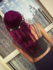 Grunge Purple Wavy Dyed Hairstyle with Flower Crown