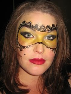 Masquerade Mask Simple Makeup Costume Idea that looks very beautiful and classy www.facebook.com/catcheyemarvels