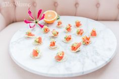 Fun ways to use citrus fruit at your wedding | ElegantWedding.ca Wedding Food Catering, Wedding Food Stations, Wedding Reception Food, Food Tasting, Plates, Fruit, Tableware, Tips, People