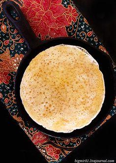"""Марокканские блинчики """"Багрир"""" (Beghrir)  Манная крупа – 1 ст. Пшеничная мука – 0,5 ст. Соль – 1 ч.л. Разрыхлитель – 1 пакетик Вода – 2 ст. Сухие дрожжи – 2 ч.л. Сахар – 1 ч.л."""