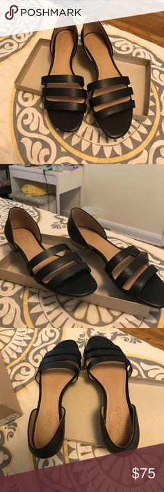 Madewell Triple Strap Sandal (black) Madewell low sandAl in black is perfect for summer and beginning of a fall. Goes great with shorts, skirts, dresses and jeans. Wear it with anything! New with Box. Madewell Shoes Sandals