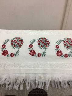 No photo description available. Beaded Cross Stitch, Cross Stitch Borders, Cross Stitch Designs, Cross Stitch Embroidery, Cross Stitch Patterns, Palestinian Embroidery, Bargello, Hand Embroidery Designs, Christmas Cross