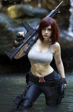 Black Widow Cosplay ::: sexy girls hot babes with guns beautiful women weapons Amazing Cosplay, Best Cosplay, Super Héroine Marvel, Pinup, Military Girl, Female Soldier, Army Soldier, Warrior Girl, Military Women