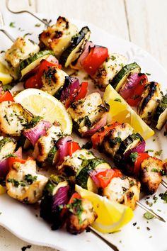 10 healthy recipes for spring dining.