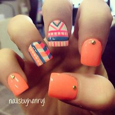 Aztec nails! So getting this the next time I get my nails done.