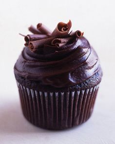 Devil's Food Cupcakes Recipe -- topped with silky smooth ganache and chocolate curls