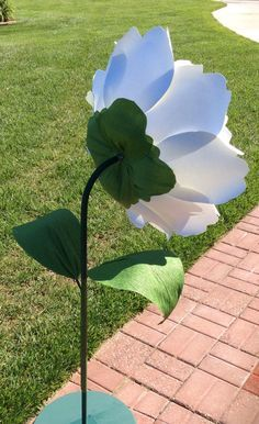 Giant paper flowers on stems free standing by PaperstoPetals